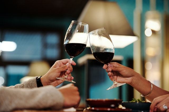 Mit Gutscheinen von Belvini Wein günstiger genießen